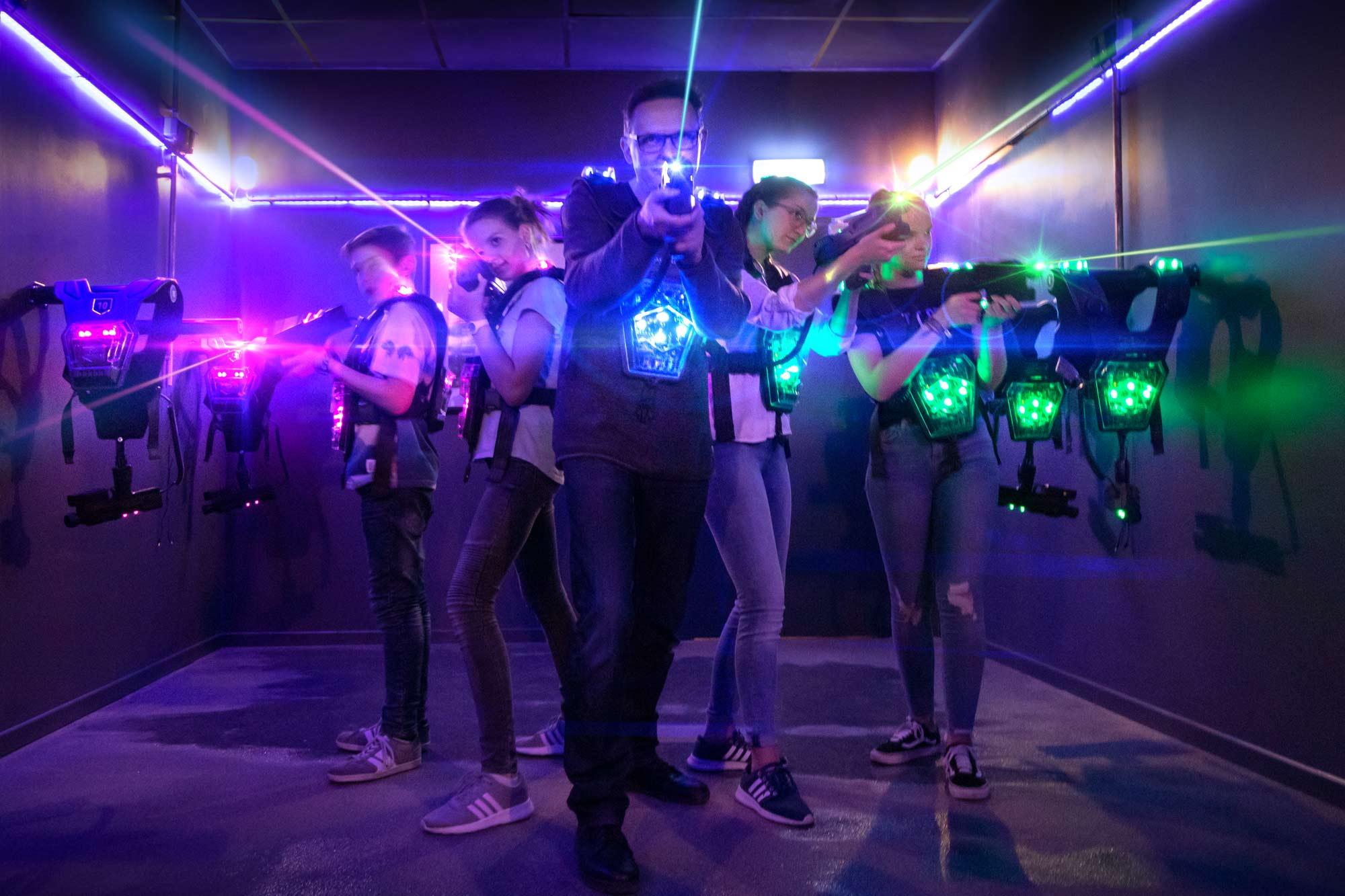 Vorbereitung für das Lasertag-Spiel